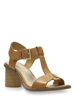 41986134c Clarks Glacier Ray Tan Sandals for women - Get stylish shoes for ...