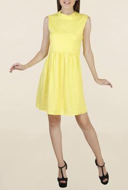 Chemistry Yuzu Knee Length Knee Length Dress