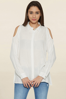 Globus White Cold Shoulder Shirt