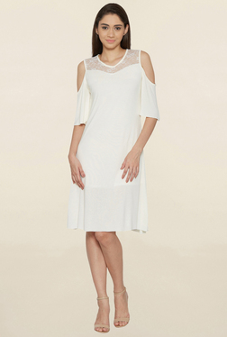 Globus White Cold Shoulder Knee Length Dress