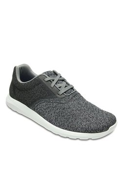 032fb466887a Buy Crocs Casual - Upto 70% Off Online - TATA CLiQ