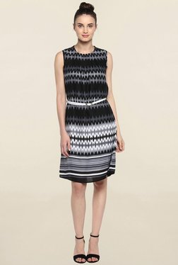 Color Cocktail Black Printed Dress With White Belt