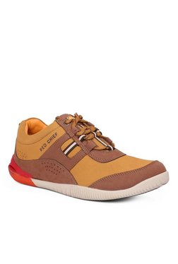 Red Chief Brown & Tan Casual Shoes