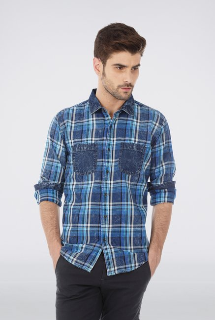 Basics Blue Worn Out Shirt