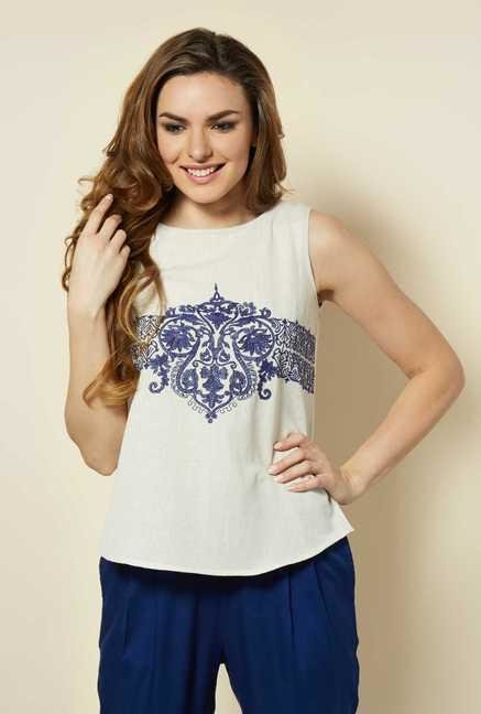 109 F White Embroidered Top