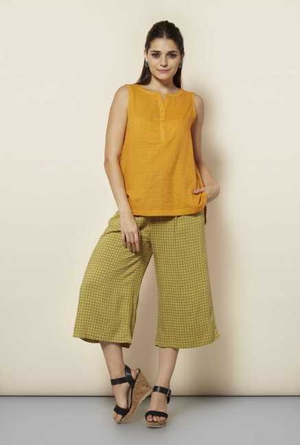 109 F Papaya Sleeveless Top