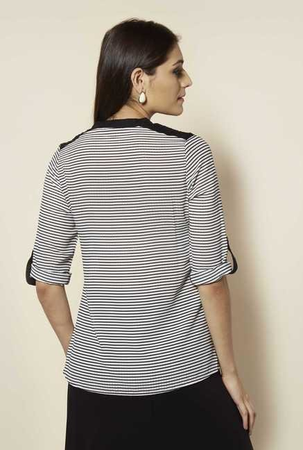 109 F Black Striped Line Top