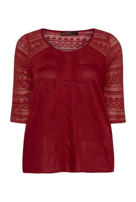 109 F Red Printed Top