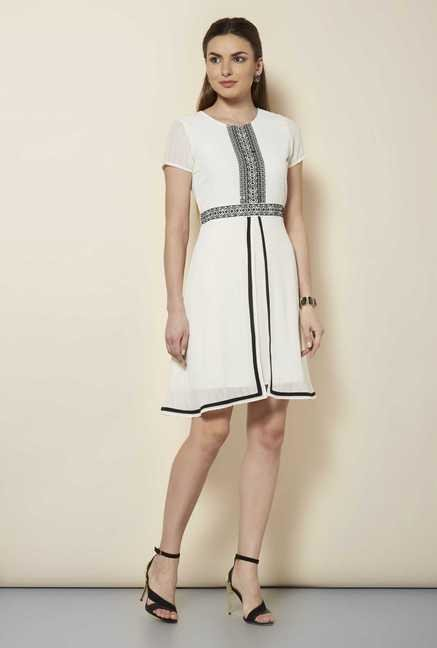 109 F Birch Solid Casual Dress