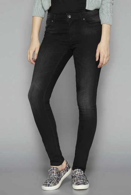 Nuon by Westside Black Solid Skinny Fit Jeans