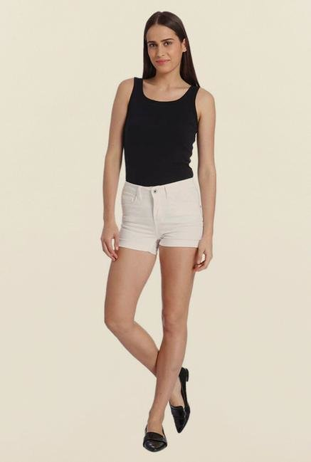 Vero Moda White Solid Shorts