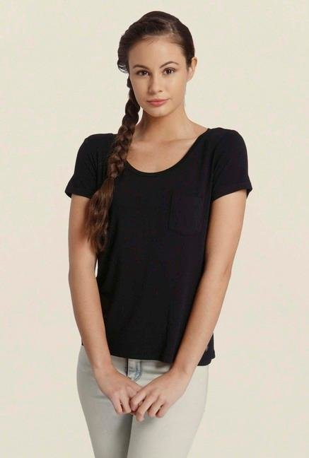 Only Black Solid T-Shirt