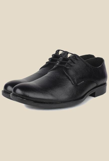 59a34ee3e236 Buy Red Tape Black Formal Shoes @tatacliq.com