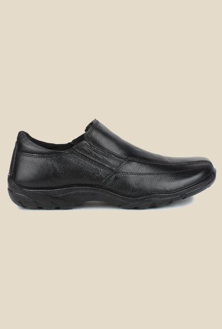 Red Tape Black Slip-on Formal Shoes