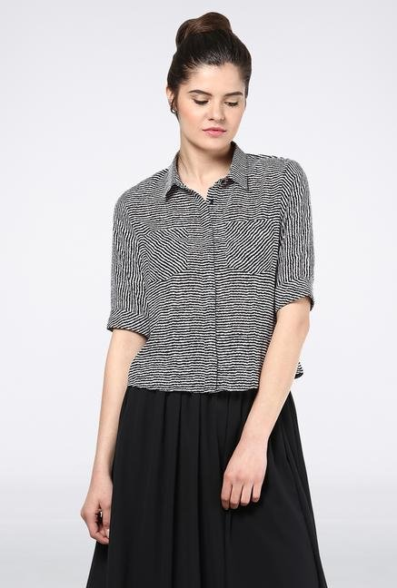 Femella Black Stripes Crop Shirt