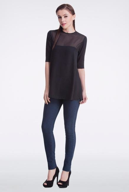 Femella Black Swing Top