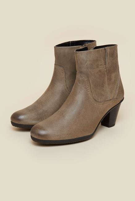 La Briza Taupe Ankle Length Boots