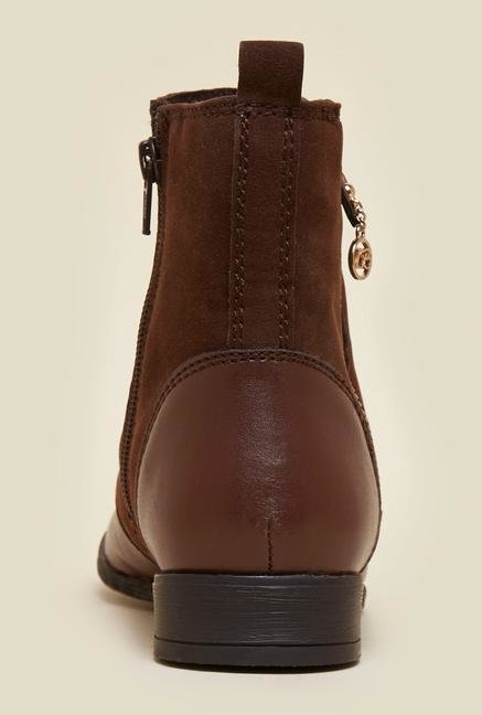 La Briza Brown Ankle Length Chelsea Boots
