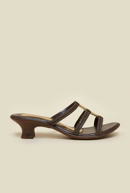 La Briza Brown Sandals