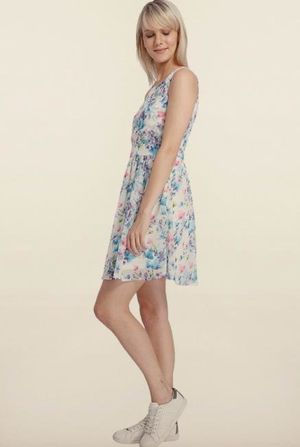 Vero Moda Snow White Floral Casual Dress