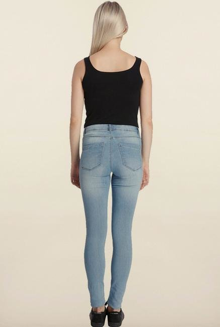 Vero Moda Light Blue Solid Jeans