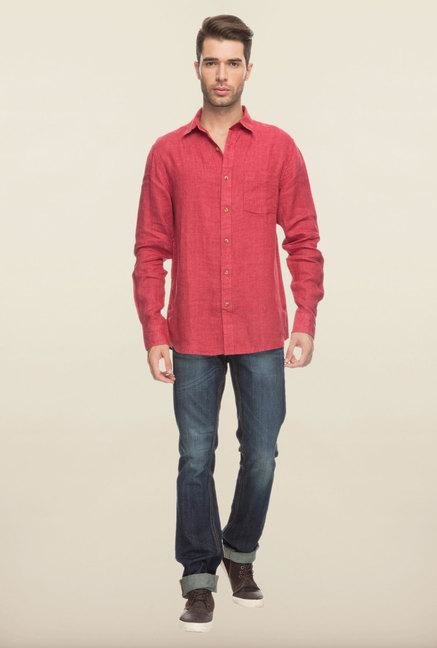 Cottonworld Red Solid Slim Fit Casual Shirt