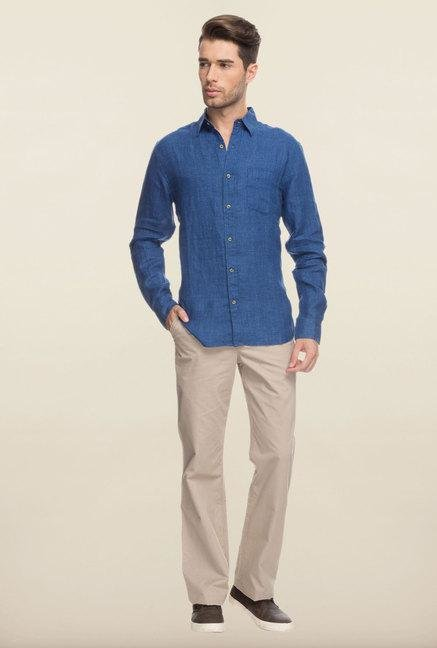 Cottonworld Blue Solid Slim Fit Casual Shirt