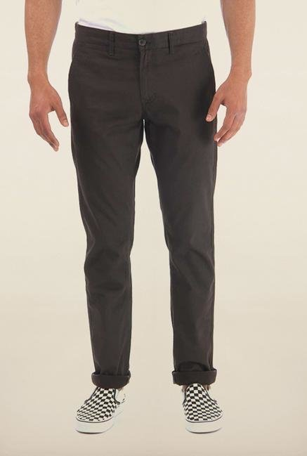 Shapes Coffee Solid Slim Fit Chinos