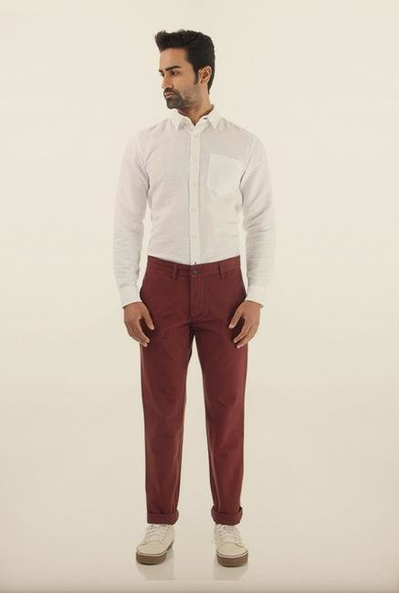 Shapes Maroon Solid Slim Fit Cotton Chinos