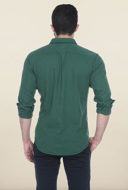 Basics Green Solid Slim Fit Casual Shirt