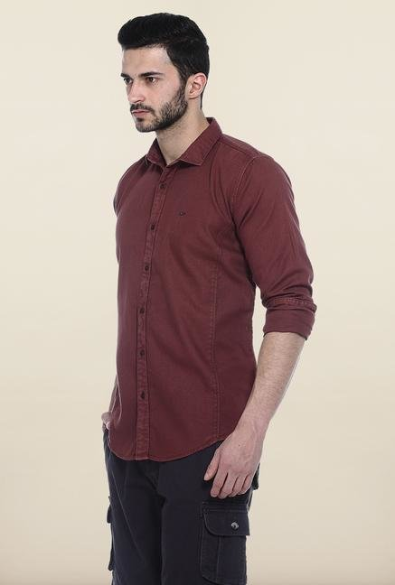 Basics Red Solid Slim Fit Casual Shirt