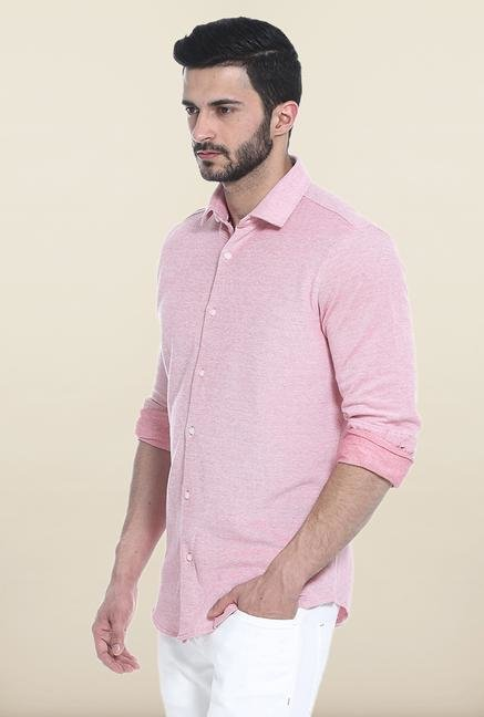 Basics Pink Solid Slim Fit Casual Shirt