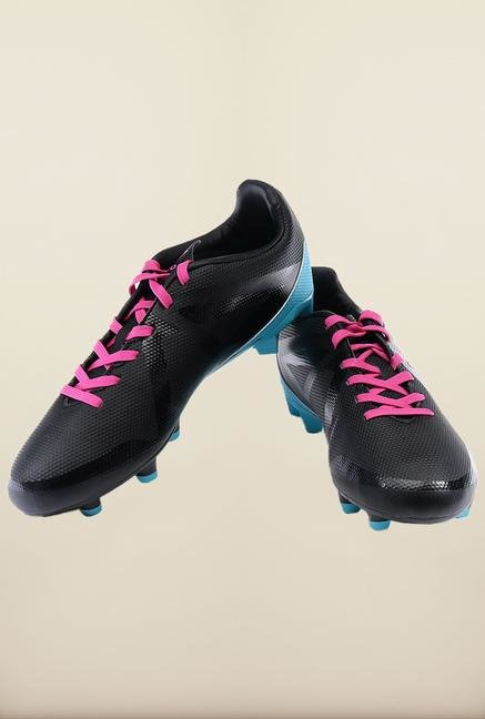 Umbro Black & Pink Football Shoes