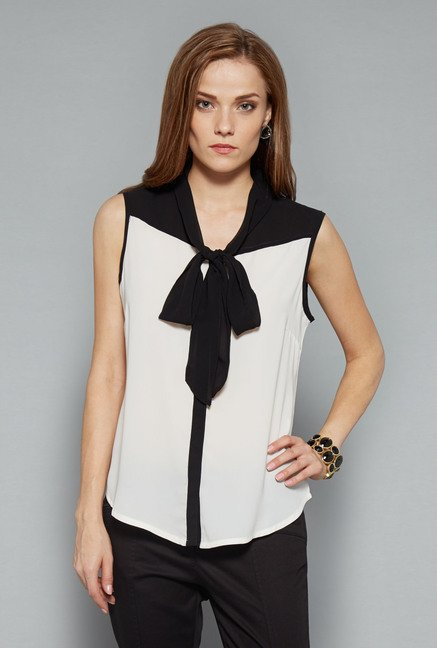 Wardrobe Off-White Solid Top