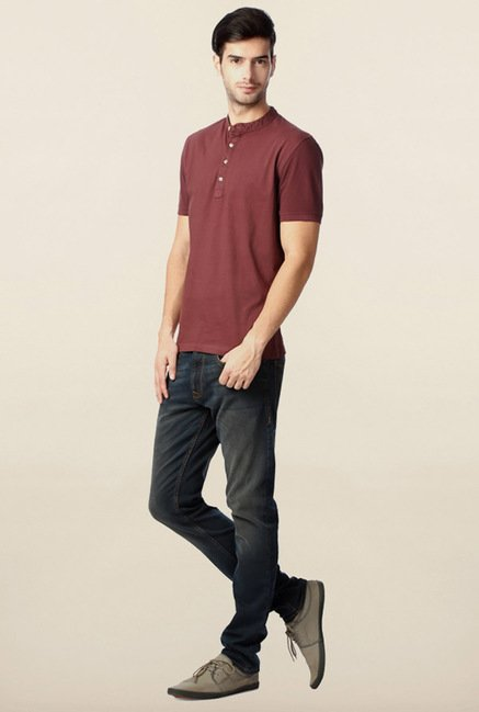 Peter England Mauve Solid Henley T-Shirt