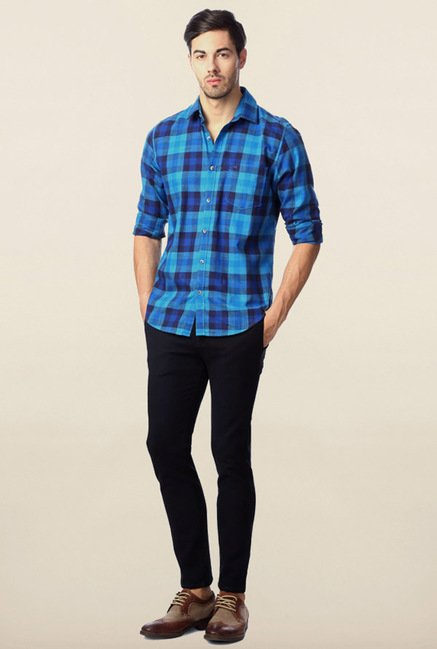 Peter England Blue & Navy Checks Casual Shirt