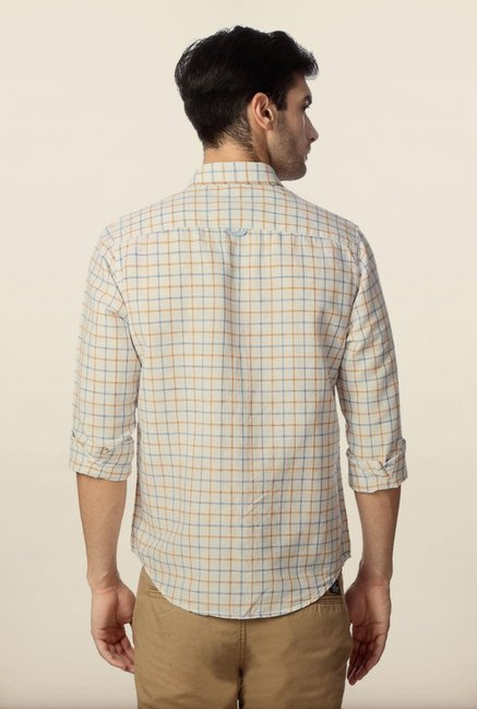 Peter England White Checks Casual Slim Fit Shirt