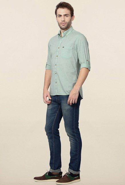 Peter England Green Solid Casual Shirt