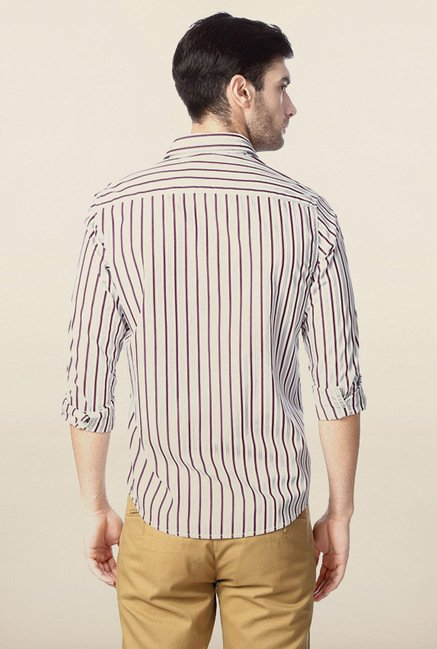 Peter England White & Burgundy Striped Casual Shirt
