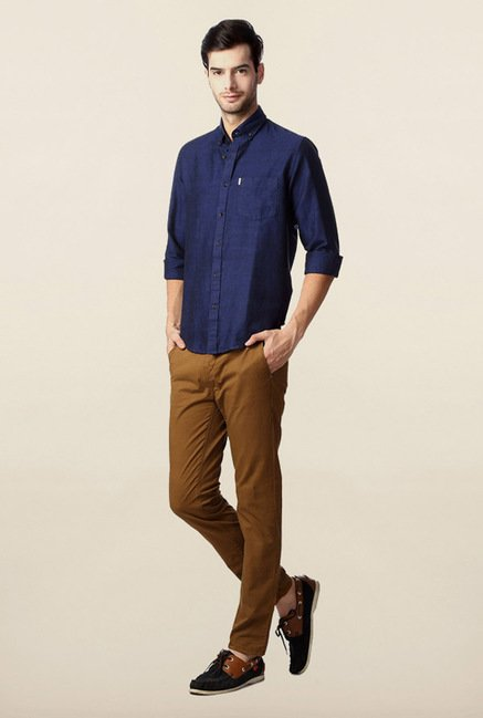Peter England Navy Solid Slim Fit Shirt