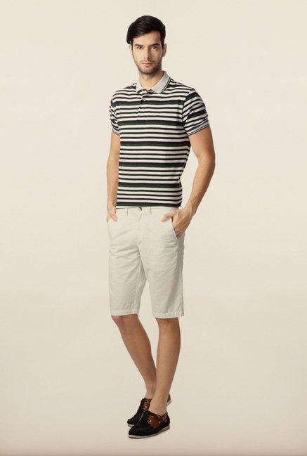 Peter England White Solid Shorts