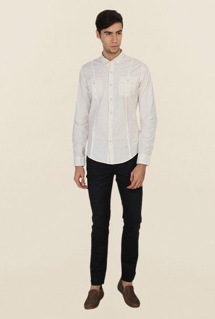 Calvin Klein Off-White Solid Casual Shirt