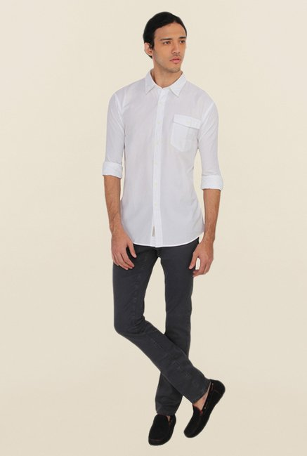 Calvin Klein White Solid Slim Fit Casual Shirt