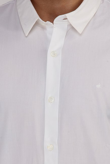 Calvin Klein White Slim Fit Cotton Casual Shirt