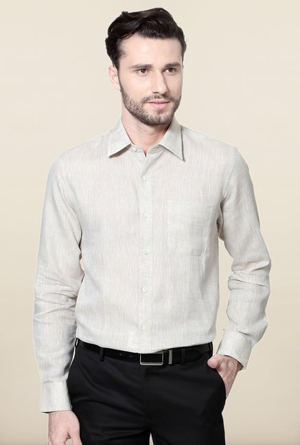 Peter England Cream Solid Slim Fit Formal Shirt