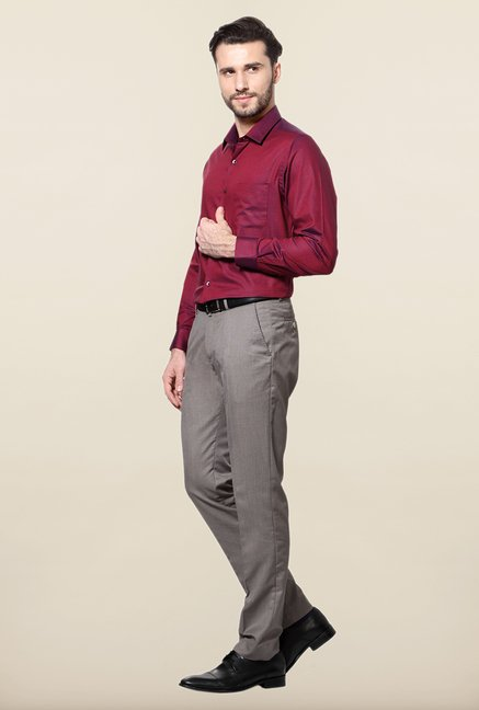 Peter England Maroon Solid Slim Fit Formal Shirt