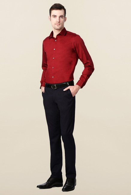 Peter England Red Solid Cotton Formal Shirt