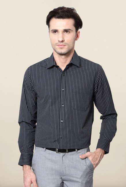Peter England Black Slim Fit Formal Shirt