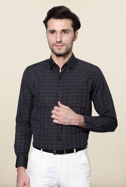 Peter England Black Checks Formal Shirt
