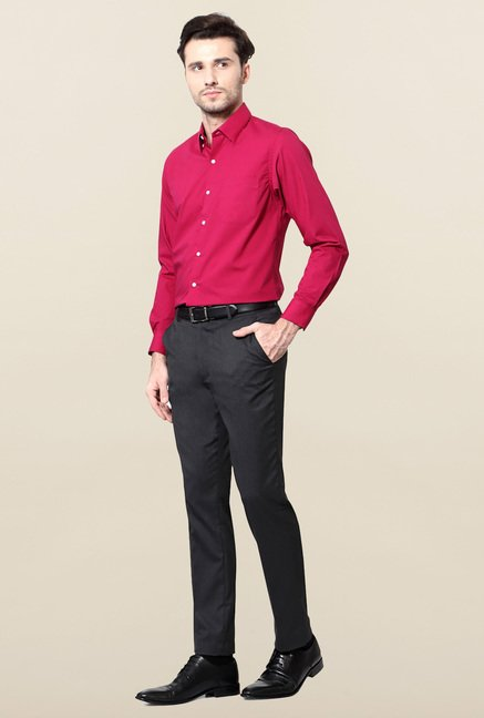 Peter England Pink Solid Slim Fit Formal Shirt